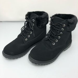 NWOT Bamboo Black Suede Fur-Cuffed Work Boots Sz 9